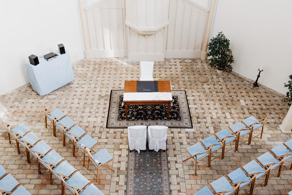 Alte Neuendorfer Kirche standesamtlich heiraten Potsdam Babelsberg Hochzeitsfotograf