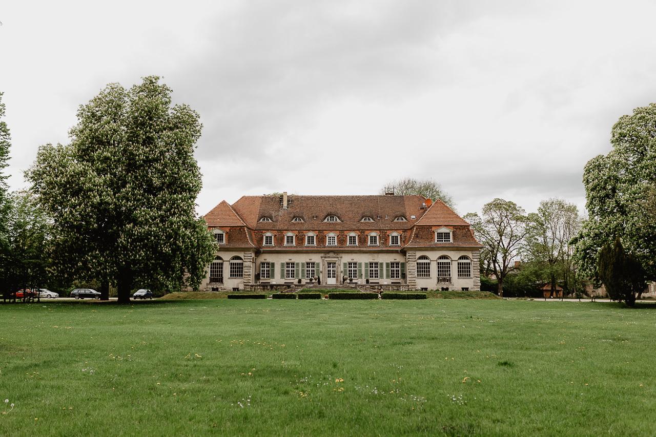 Schloss Kartzow Hochzeit standesamtlich Heiraten im Schloss bei Potsdam